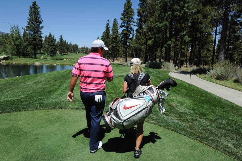 A Guide To Different Types Of Golf Bags
