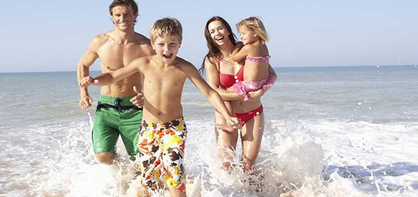Enjoy Family Vacation In Different Picturesque Towns And Oceans