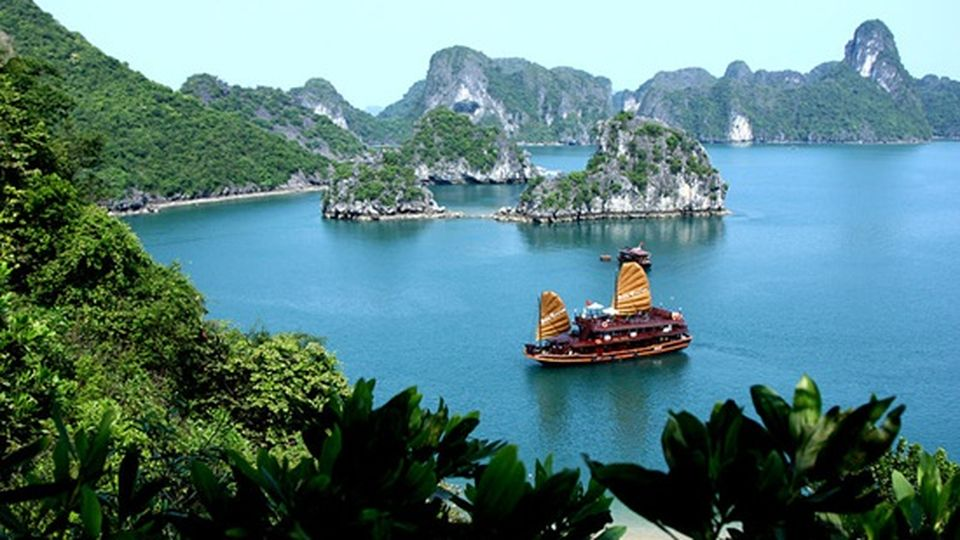 Tour The Wonders Of Vietnam