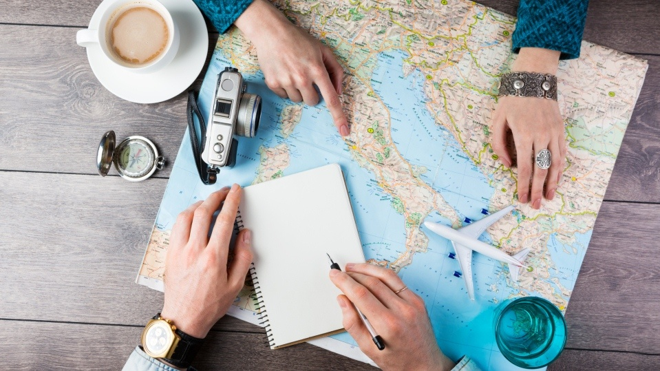 HOW TO GET PAID TO TRAVEL AS A FREELANCE TRAVEL WRITER