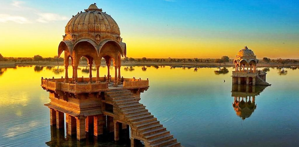 How To Make Taxi Booking Easy & Affordable In Rajasthan?